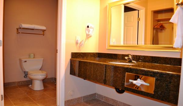 Full Granite Bathrooms at Yosemite Westgate Lodge