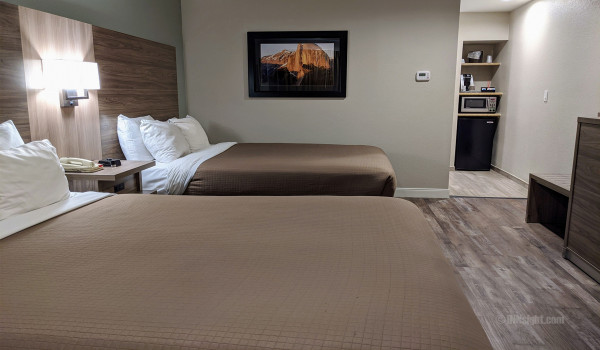 Yosemite Hotel Pictures - Modern, remodeled & spacious rooms